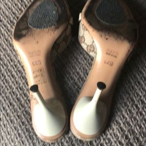 Gucci Shoes - Authentic Gucci sandals size 6.5B